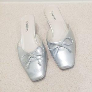 """🕺💃HP🕺💃Chadwick's silver size 9m mules 2"""" heels"""
